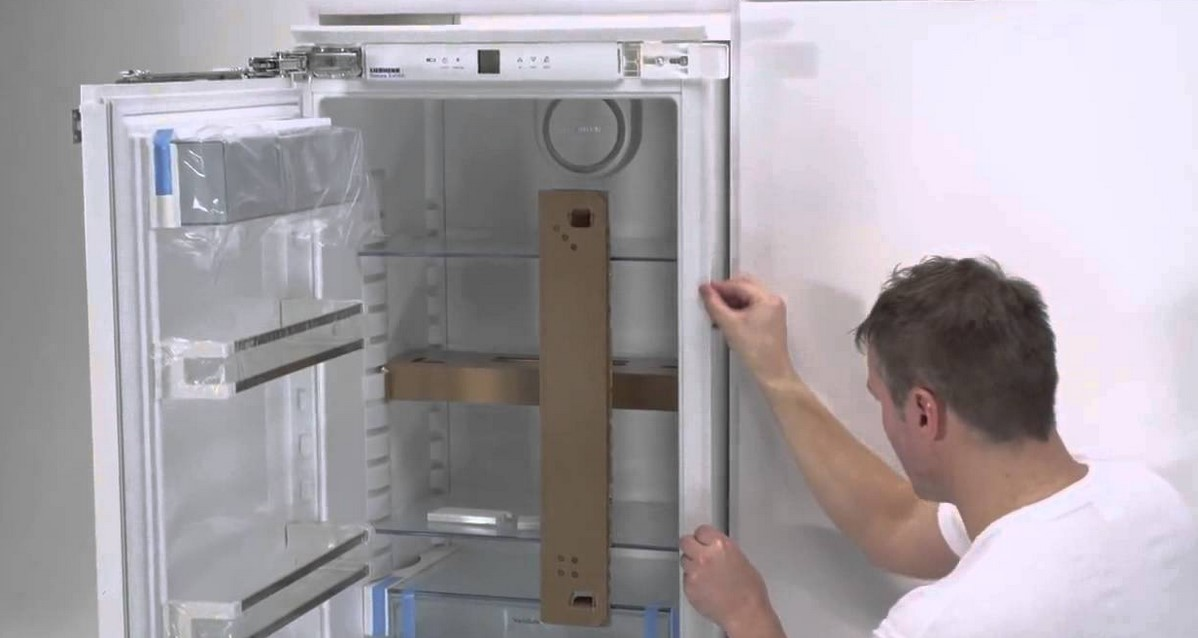 Замена уплотнительной резины в холодильнике своими руками